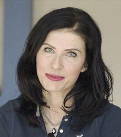 Dr Katarzyna Becker